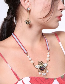 Elegant Antique Gold Bee&pearls Decorated Simple Necklace
