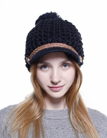Simple Black Pom Ball Decorated Pure Color Hat