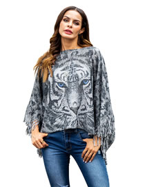 Fashion Gray Tiger Pattern Decorated Knitted Sweater