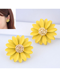 Fashion Yellow Metal Chrysanthemum Earrings