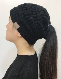 Fashion Black Label Decoratedpure Color Knitted Hat
