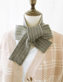 Fashion Gray Stripe Pattern Decorated Knitted Scarf