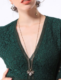 Fashion Gold Color Bee Shape Pendant Decorated Necklace