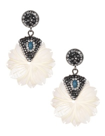 Fashion White Leaf Shape Decorated Earrings
