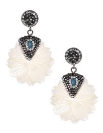 Fashion White Leaf Shape Decorated Earrings