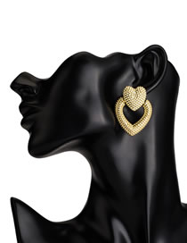 Fashion Gold Heart Shape Decorated Earrings