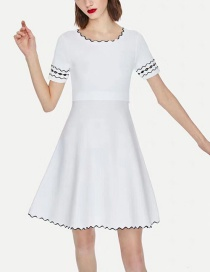 Fashion White Color Matching Car Line Round Neck Dress
