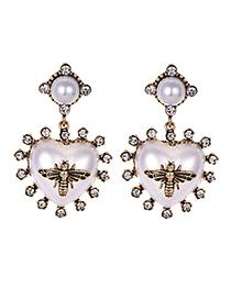 Fashion White Alloy Resin Diamond Heart Earrings