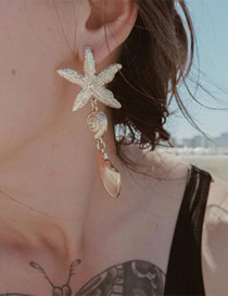 Fashion Gold Alloy Starfish Shell Asymmetric Earrings