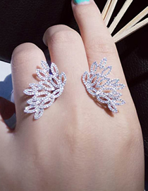 Fashion Silver Feather Inlaid Zircon Wings Ring