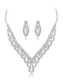 Fashion Silver Copper And Diamond Pearl Necklace Set