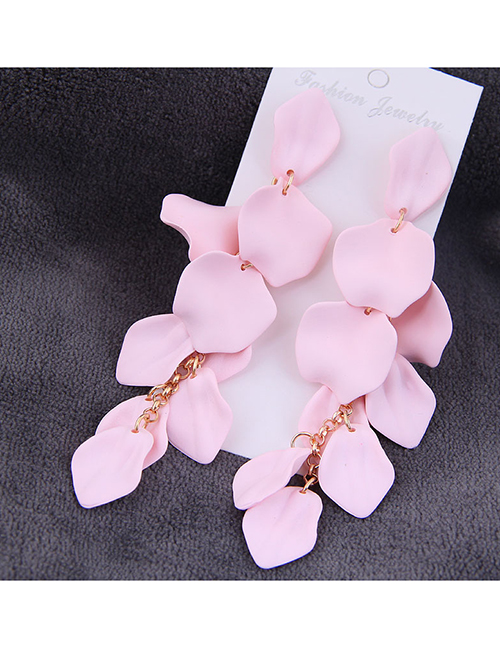Fashion Pink Exquisite Earrings With Rose Petals