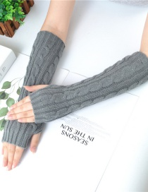 Fashion Dark Gray Wool Twist Vertical Knit Sleeve