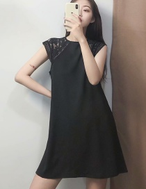Fashion Black Embossed Lace Stitching Dress