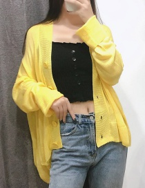 Fashion Yellow Hair 45 Three-color Big Button Cardigan