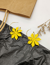 Fashion Yellow Flower Earrings