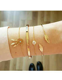 Fashion Gold Alloy Pentagram Bracelet Set