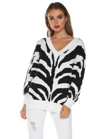 Fashion White Knit V-neck Leopard Top