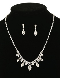 Fashion White Necklace Earrings Set