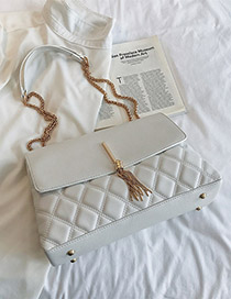 Fashion White Lingge Chain Tassel Single Back Messenger Bag