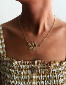 Fashion Gold Alloy Leaf Necklace
