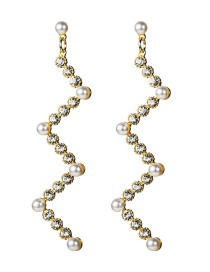 Fashion Gold Right Angle Curved Diamonds With Pearl Geometric Earrings