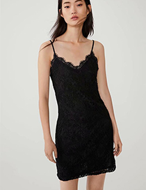 Fashion Black Lace Embroidered Dress