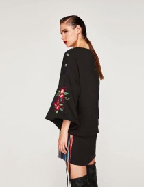 Fashion Black Embroidered Lace Sweater
