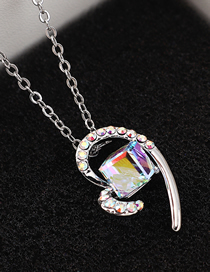Fashion Colorful White Heart Crystal Necklace