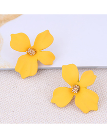 Fashion Yellow Metal Flower Earrings