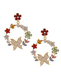 Pendientes De Aleación De Diamantes Con Rama Redonda De Mariposa