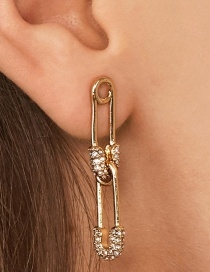 Fashion Gold Safety Pin Earrings