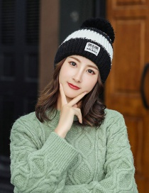 Fashion Black Color Matching Knitted Wool Cap