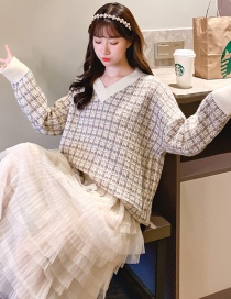Fashion Light Brown V-neck Plaid Color Sweater