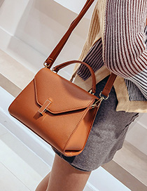 Fashion Brown Oil Side Lock Buckle Shoulder Bag
