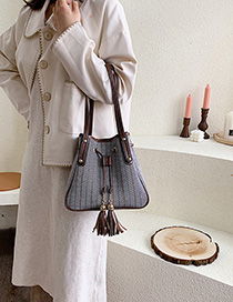Fashion Gray Woolen Fringed Shoulder Bag