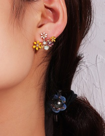 Fashion Gold Painted Petals: Oil Drops: Earrings