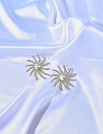 Fashion Silver Sun Flower Stud Earrings
