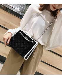 Fashion Black Plush Lock Chain Single Back Messenger Bag