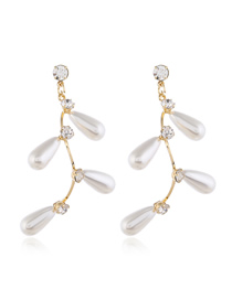 Fashion White Pearl And Diamond Branch Earrings