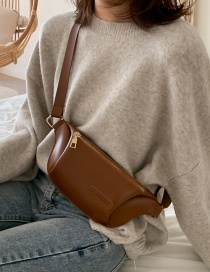 Fashion Brown Labeled Zipper Crossbody Chest Bag