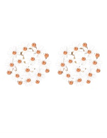 Fashion White Small Daisy Flower Earrings