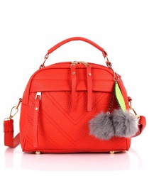 Fashion Red Hairball Pendant: Shoulder Bag: Shoulder Bag