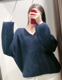 Fashion Black Stretch-neck Knitted Sweater