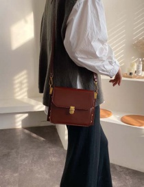 Fashion Red Wine Lock Single Shoulder Messenger Bag