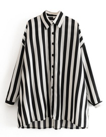Fashion Black And White Striped Sunscreen Shirt
