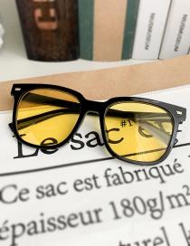 Fashion Yellow Resin Pc Square Sunglasses