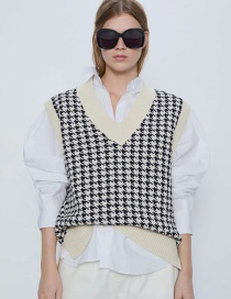 Fashion White Contrast-knit Houndstooth V-neck Hem Split Vest