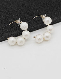 Fashion Golden Pearl Semi-curved Stud Earrings