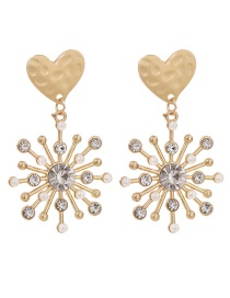 Fashion Golden Snowflake Stud Earrings With Diamonds And Pearls
